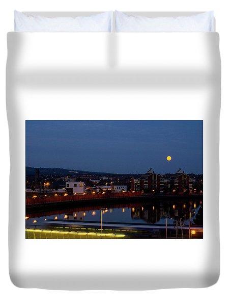 Moonrise In Belfast Duvet Cover