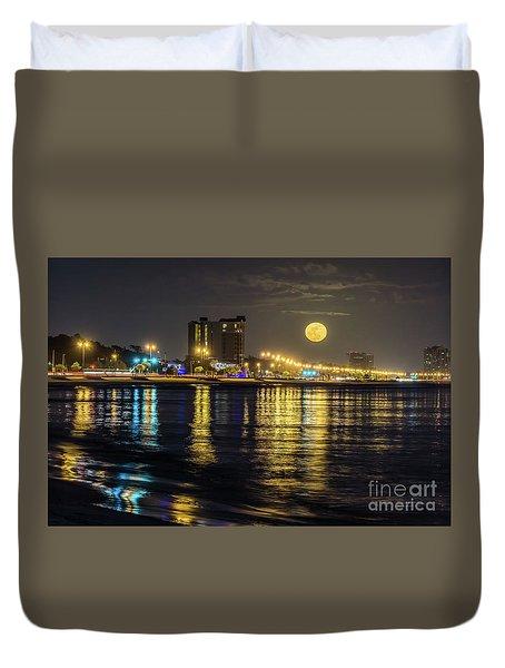 Moonrise Over Biloxi Duvet Cover