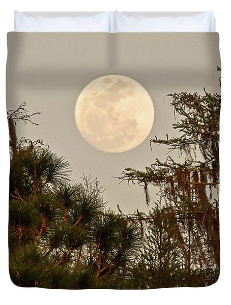 Moonrise Over Southern Pines Duvet Cover