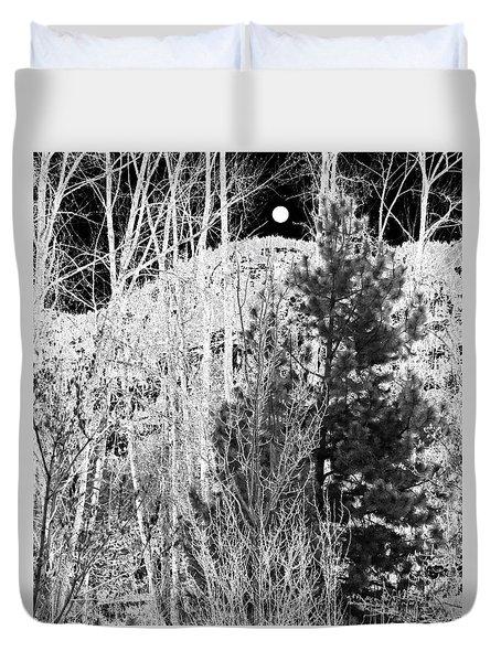 Moonrise Over The Mountain Duvet Cover by Will Borden