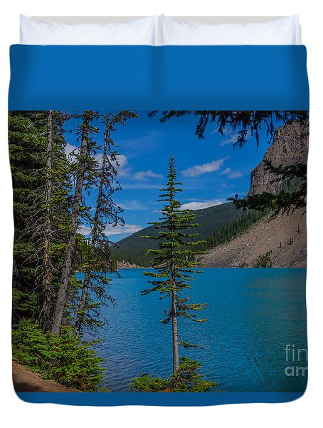 Moraine Lake Trail Duvet Cover