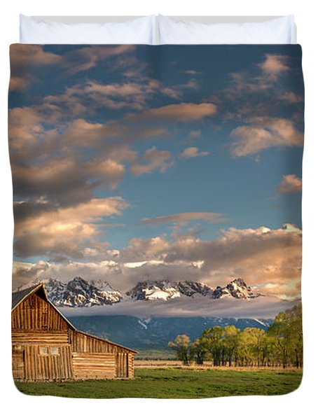 Mormon Row At Sunrise Duvet Cover