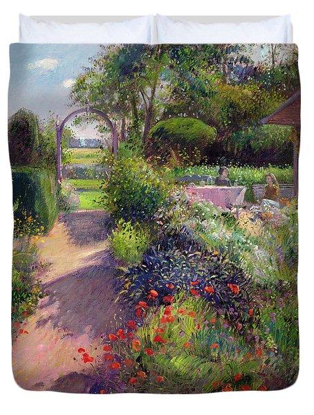 Morning Break In The Garden Duvet Cover