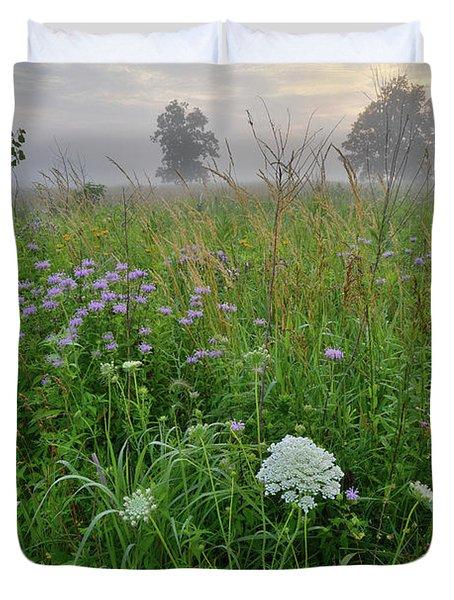 Morning Fog Over Glacial Park Prairie Duvet Cover