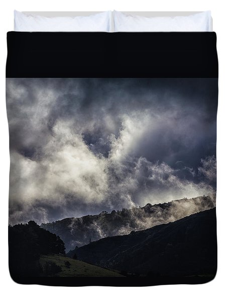 Morning Fog,mist And Cloud On The Moutain By The Sea In Californ Duvet Cover