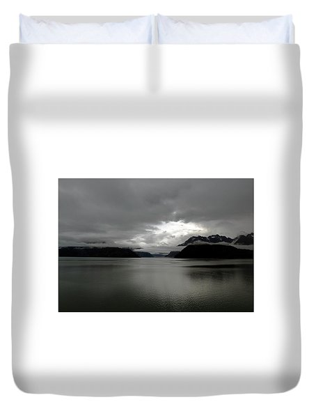 Morning In Alaska Duvet Cover
