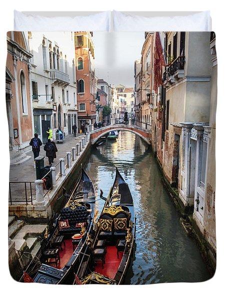 Morning In Venice In Winter Duvet Cover