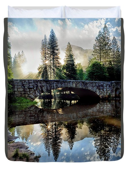 Morning Light Along The Merced River Duvet Cover