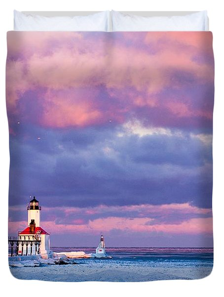Morning Light In Michigan City Duvet Cover