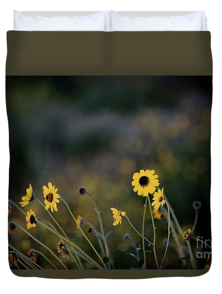 Duvet Cover featuring the photograph Morning Light by Kelly Wade