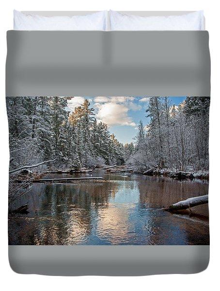 Morning Light On Grand Marais Creek Duvet Cover