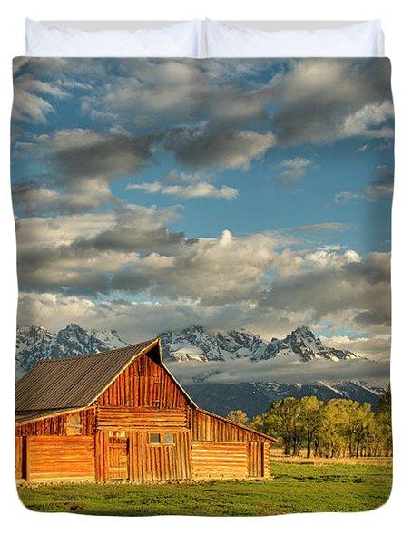 Morning Light On Moulton Barn #2 Duvet Cover