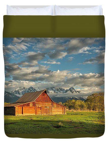 Morning Light On Moulton Barn #2 Duvet Cover