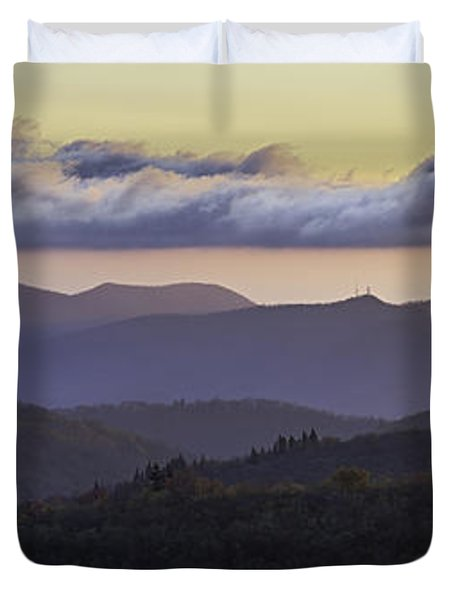 Morning On The Blue Ridge Parkway Duvet Cover by Rob Travis