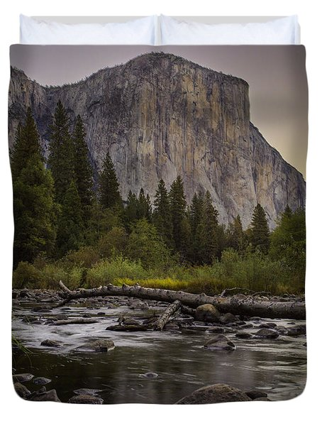 Morning Salutes El Capitan Duvet Cover