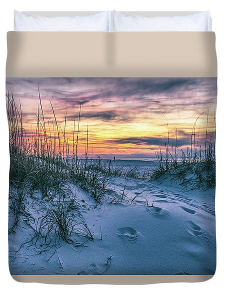 Duvet Cover featuring the photograph Morning Sunrise At The Beach by John McGraw