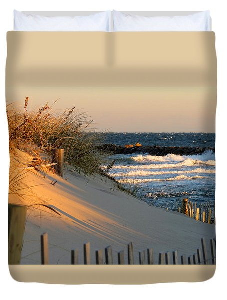 Duvet Cover featuring the photograph Morning's Light by Dianne Cowen