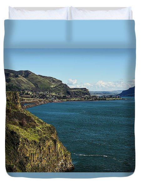 Mossy Cliffs On The Columbia Duvet Cover