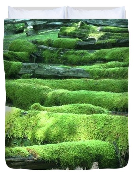 Mossy Fence Duvet Cover