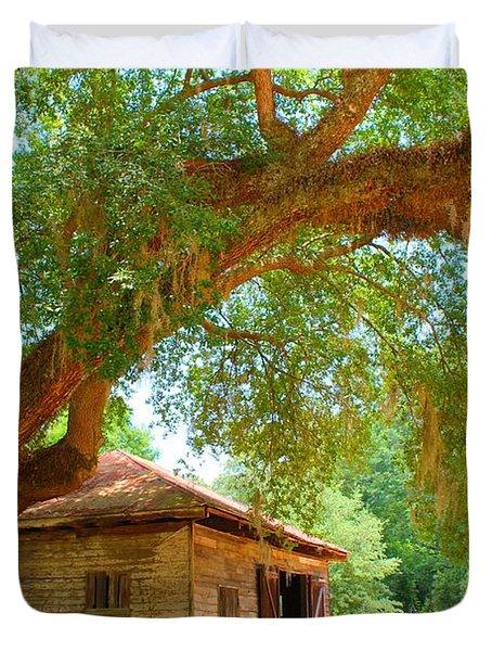 Mossy Tree In Natchez Duvet Cover