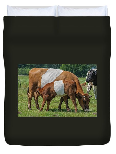 Duvet Cover featuring the photograph Mother And Child by Patricia Hofmeester