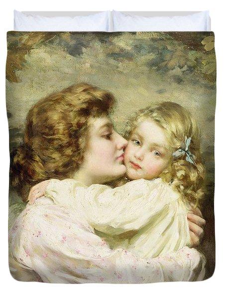 Mother And Daughter  Duvet Cover by Thomas Benjamin Kennington