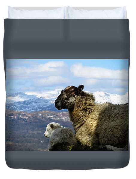 Mother And Lamb Duvet Cover