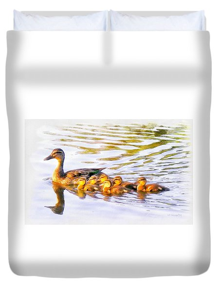 Mother Duck And Ducklings Duvet Cover