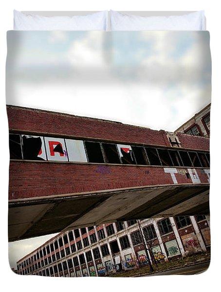 Motor City Industrial Park The Detroit Packard Plant Duvet Cover by Gordon Dean II