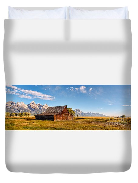 Moulton Barn Duvet Cover
