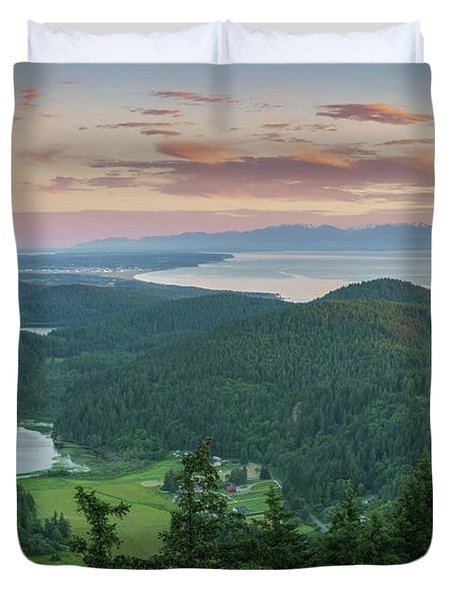 Mount Erie Viewpoint Duvet Cover by Ken Stanback