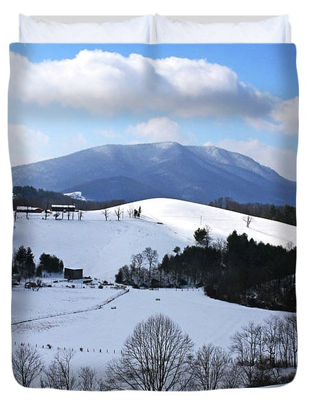 Mount Jefferson Winter Duvet Cover by Dale R Carlson