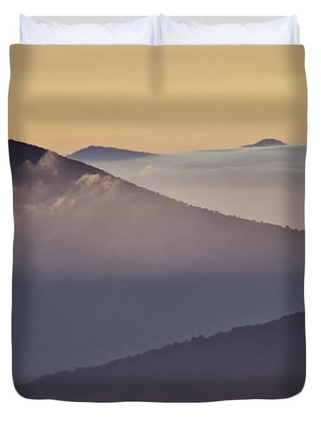 Mount Pisgah In Morning Light - Blue Ridge Mountains Duvet Cover by Rob Travis
