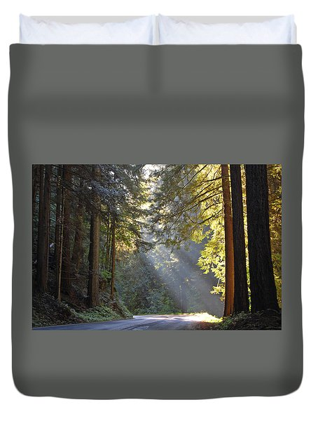 Mount Rainier At Nisqually Duvet Cover