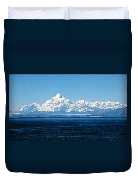 Mount Saint Elias. Yakutat Bay Seascapes Duvet Cover