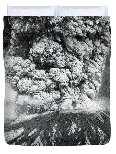 Mount St. Helens Eruption, 1980 Duvet Cover