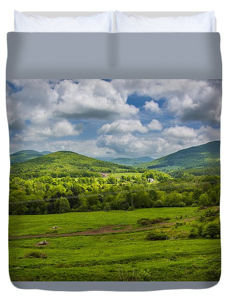 Mountain Field Of Greens Duvet Cover by Paula Porterfield-Izzo