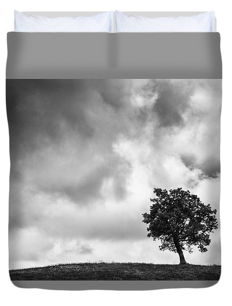 Tree On Hill - Doughton Park Blue Ridge Parkway Duvet Cover