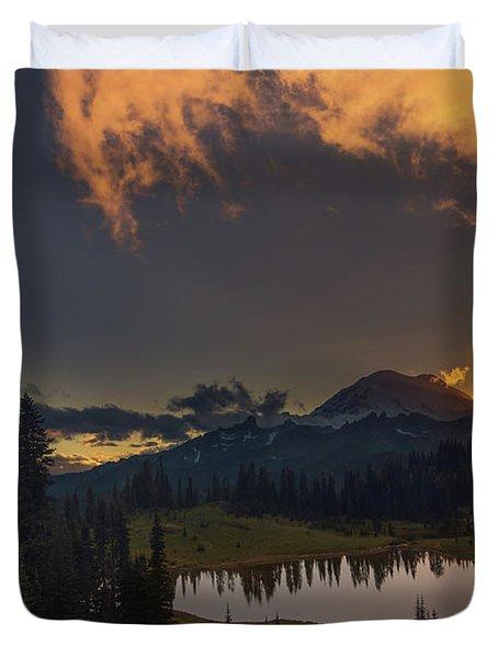 Mountain Show Duvet Cover