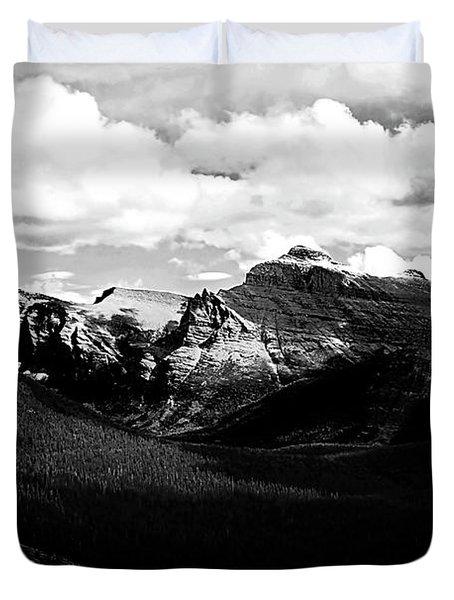 Mountain Valley Landscape Duvet Cover