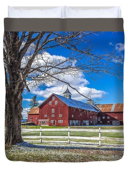 Mountain View Barn Duvet Cover