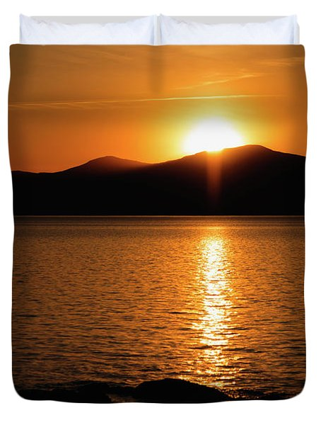 Mountains And River At Sunset Duvet Cover