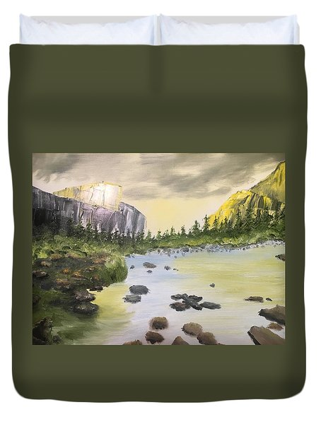 Mountains And Stream Duvet Cover