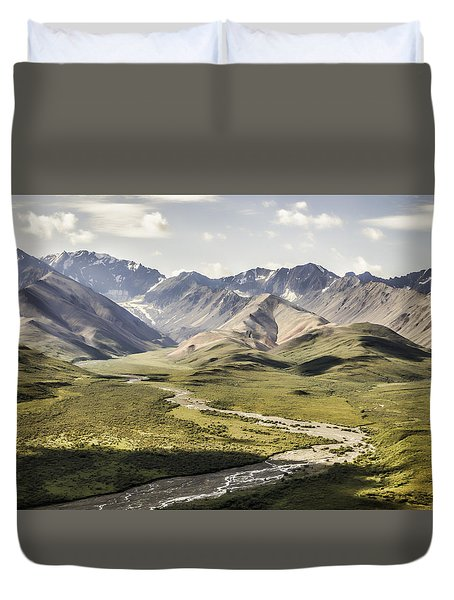 Mountains In Denali National Park Duvet Cover
