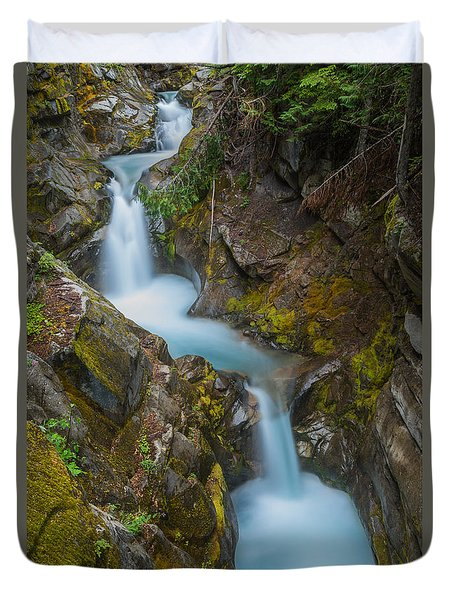 Moutain Waterfalls 5857 Duvet Cover by Chris McKenna