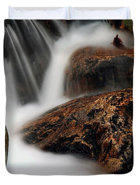 Duvet Cover featuring the photograph Moving Along by Darren Fisher