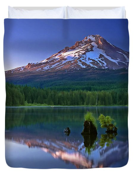 Mt. Hood Reflection At Sunset Duvet Cover