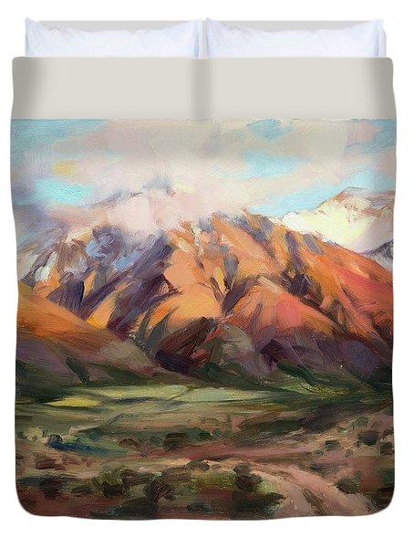 Mt Nebo Range Duvet Cover