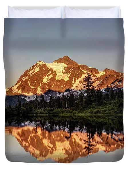 Mt Shuksan Reflection Duvet Cover