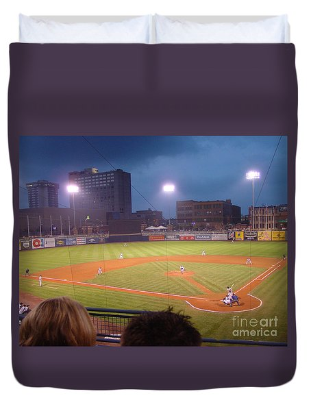 Mudhen's Game Duvet Cover